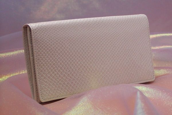 シンプルシロヘビ財布